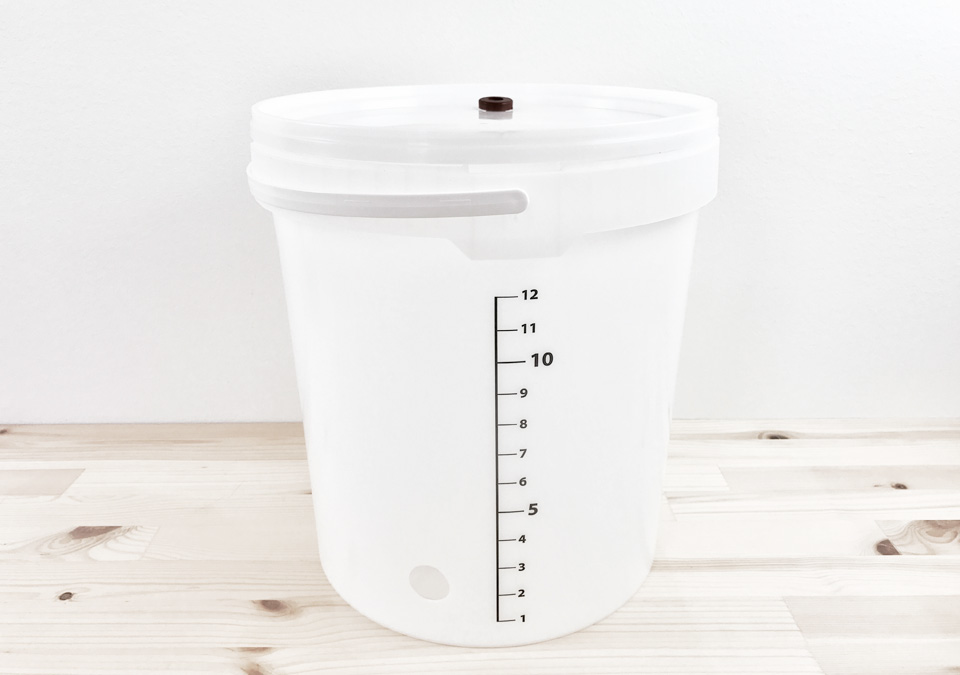 Fermenter 15L with lid and tap hole